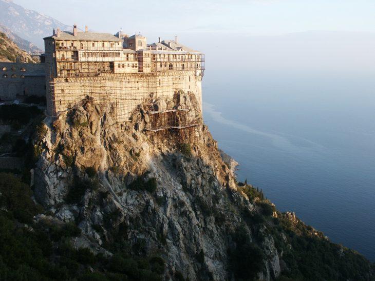 момент гора афон в греции монастырь фото картинах