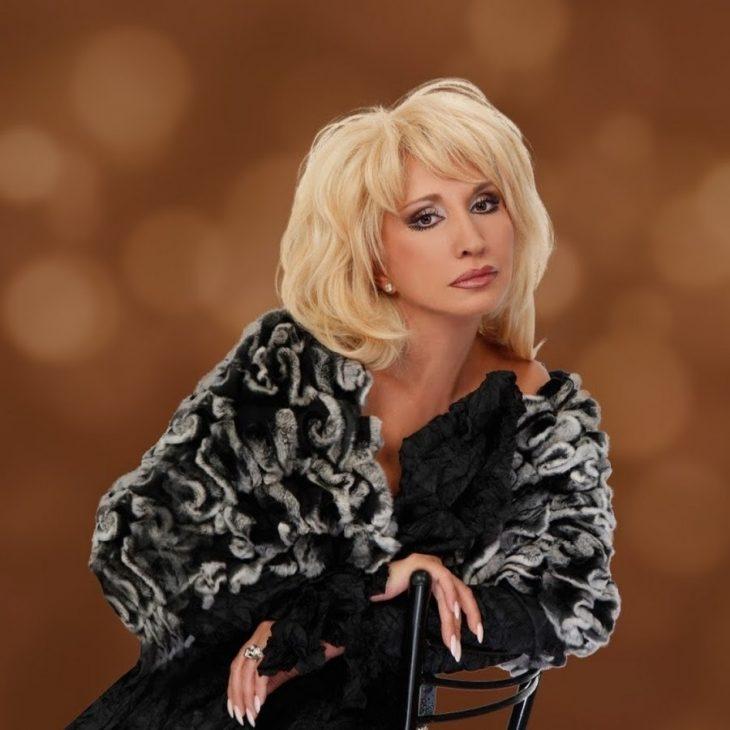 фото певицы ирины аллегровой получила массу