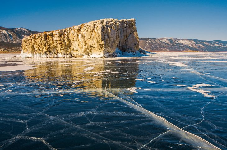 озеро байкал в россии или нет
