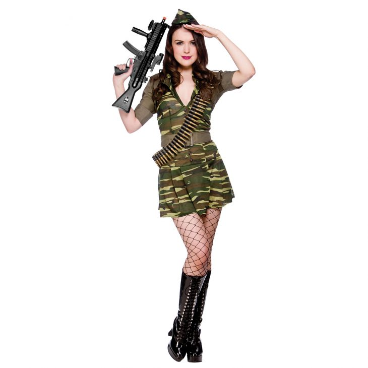 Картинки девушка в форме армейской